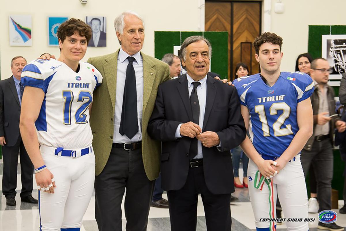 """Leoluca Orlando: """"Il football americano sta raccogliendo i frutti del lavoro"""""""