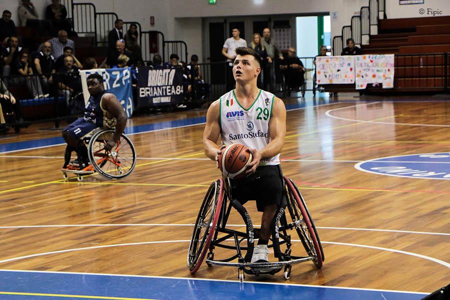 Basket in carrozzina - Vittorie per S.Stefano, Cantù, Roma e Giulianova