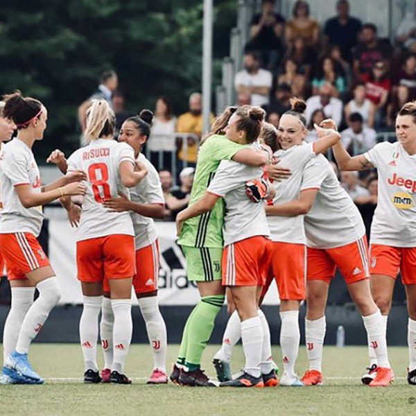 Serie A Femminile - Juventus in fuga, Roma poker all'Inter